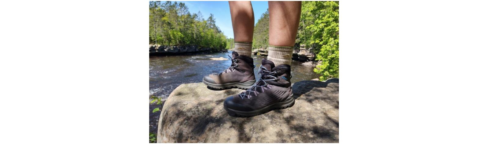 gore tex mid hiking boots